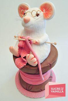 3D Cake.Tarta en 3D con modelado en RKT. You can follow us and see more here/ Puedes seguirnos y ver más actualizaciones aquí… Facebook Website Twitter Instagram