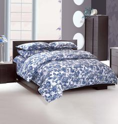 Luxury bed linen online in India Luxury Bed Sheets, Bath Linens, Luxury Home Decor, Matching Bedding And Curtains, Bedding Sets Online, Home Decor Online, Bed Linens Luxury, Home Decor, Bed Linen Sale