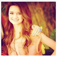 Ciara Bravo She's so pretty, love her Young Fashion, Fashion Art, Ciara Bravo, Nickelodeon Girls, Beautiful People, Most Beautiful, Red Band Society, Young Models, Big Time