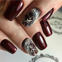 If you are getting ready for the holidays by painting a winter wonderland on your nails, these Cutest Christmas Nail Art DIY Ideas will surely give you a cheerful Christmas season this year. New Years Nail Designs, New Years Nail Art, Holiday Nail Designs, Winter Nail Designs, Nails For New Years, French Tip Nail Designs, French Tip Nails, Nail Art Designs, Nails Design