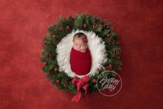 This Christmas newborn photo shoot is inspired by holiday newborn photography inspiration. Book your holiday newborn photo shoot today! Newborn Christmas Pictures, Newborn Pictures, Newborn Pics, Baby Girl Photography, Christmas Newborn Photography, Photography Ideas, Christmas Baby, Christmas Quotes, Christmas Trees