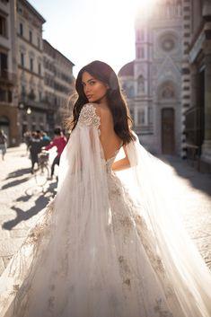Wedding Dress Trends, Wedding Party Dresses, Bridesmaid Dresses, Bridal Skirts, Bridal Gowns, Vestidos Vintage, Bridal Fashion Week, Elegant, Bridal Style
