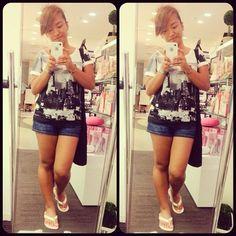 doing what me and momma do best!  #shopping #yokohama #ootd #gu #f21 #roxy #toryburch #thesac