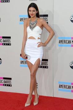 Confira o estilo sexy e fashion de Kendal Jenner, irmã de Kim Kardashian