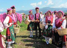 Regional Rose Festival In Karlovo (bulgaria) Folk Costume, Costumes, Festivals Around The World, Crazy People, Around The Worlds, Bring It On, Popular, Unique, Handkerchiefs