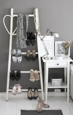 Creative Ways To Use Ladder For Shelving | Decozilla