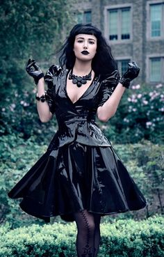 † GOTH / PUNK / EMO † .. DONT FORGET TO LIKE!!!