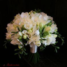 94 Best Buchete Mireasa Si Nasa Images Bouquet Flowers Wedding
