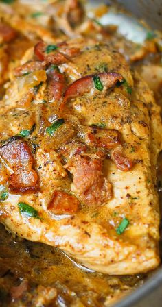 Chicken with Bacon and Mustard Sauce - an absolute comfort food! In this recipe, chicken breast is moist, tender, and flavorful because it's smothered in the most delicious sauce ever! This bacon and mustard chicken Turkey Recipes, Meat Recipes, Dinner Recipes, Cooking Recipes, Healthy Recipes, Recipies, Party Recipes, Seafood Recipes, Breakfast Recipes