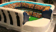 Yankee Stadium - Replica of the Yankee stadium, this cake was over 100lbs!