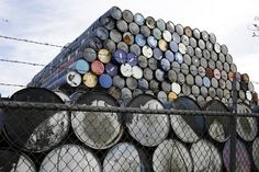 شوا شل اليابانية تقول إنها اشترت 55% من واردات البلاد من نفط إيران في النصف/1 -  Reuters. شوا شل اليابانية تقول إنها اشترت 55% من واردات البلاد من نفط إيران في النصف/1 طوكيو (رويترز)  قال تسويوشي كاميوكا الرئيس التنفيذي لشركة تكرير النفط اليابانية شوا شل سيكييو إن الشركة اشترت 55 بالمئة من واردات الخام التي حصلت عليها البلاد من إيران خلال الفترة من يناير كانون الثاني إلى يونيو حزيران. واستوردت اليابان 205 آلاف و871 برميل يوميا من النفط الإيراني في النصف الأول من 2016 حسبما أظهرت بيانات وزارة…