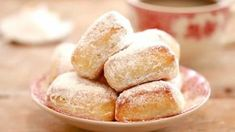 Beignets au four WW. Voici une recette des Beignets légers au four WW, des beignets sans friture, aussi moelleux et délicieux Cette Recette représente 4 sp / beignet.