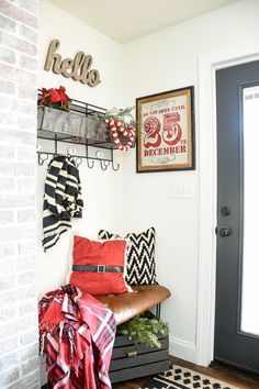 A Beautiful And Clic Modern Farmhouse Decorated Christmas Home Tour Seasonal Decor