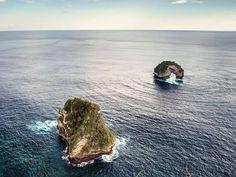 "Banah Cliff - Batu Madeg, Nusa Penida: 8°43'57.2""S 115°27'02.5""E"