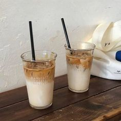 Iced Latte, Iced Coffee, Coffee Drinks, Coffee Shop, Starbucks Coffee, Coffee Art, Coffee Lovers, Aesthetic Coffee, Aesthetic Food