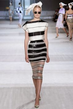ANDREA JANKE Finest Accessories: Paris Haute Couture | Giambattista Valli Fall 2014 Couture