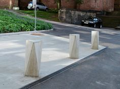 Fixed reinforced concrete bollard ACKORD by Nola Industrier | design Veikko Keränen