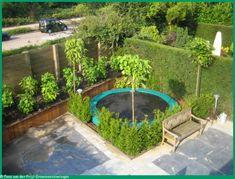 Small garden design 378020962449133180 - Trampoline 'weggewerkt' in tuin Source by