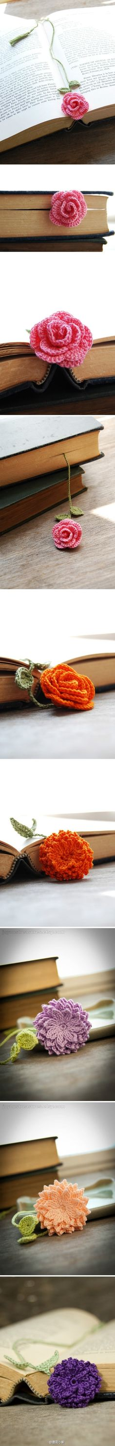 Pretty bookmarks - crochet flowers (but no pattern that I can see). Too bad there is no pattern. I don't crochet, but I sure would love for my crochet friends to make me one! Marque-pages Au Crochet, Crochet Amigurumi, Love Crochet, Crochet Crafts, Yarn Crafts, Beautiful Crochet, Crochet Flower Patterns, Crochet Flowers, Knitting Patterns