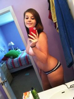 hot-young-naked-teen-girl-selfies-vidyabalanudefuck