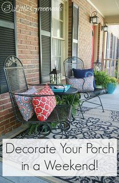 How to decorate porches with front porch decorating ideas on a budget. Includes best plants and DIY porch projects for a Southern front porch! Decorating On A Budget, Porch Decorating, Interior Decorating, Southern Front Porches, Outdoor Rooms, Outdoor Decor, Outdoor Chairs, Outdoor Living, Solar
