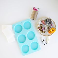 Today we're giving you a DIY on beautiful, scented wax sachets, which are super easy to customize based on your own preferences.