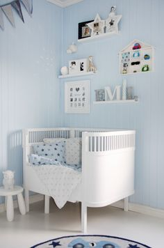 blue and white nursery-- a start. Can't find what i want.