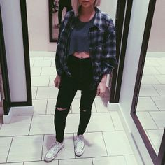 All I want in life is a good flannel and black skinny jeans ^_* ☼ ☾ Follow me on instagram: 2turnttori