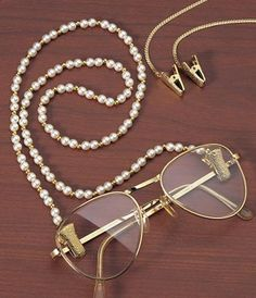 Eyeglass Holders .... I need these!!!