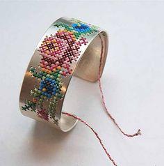 brodera-sy-handarbete-armband-inspiration-kudde-tips ide
