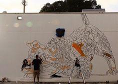 На прошлой неделе в Майями (штат Флорида, США) проходил арт-фестиваль Art Basel Miami. Большое количество талантливых мастеров из разных стран мира приняло в нем участие. Уличный художник из Пуэрто-Рико Bik Ismo также представил свою работу, нарисовав огромного зеркального пса на стене школы Jose De-Diego.