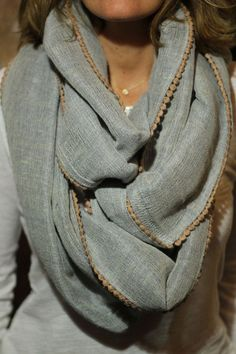 Lorenza Filati | Neutral infinity scarf | Just a Pretty Style