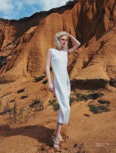 Anna Emilia | Elle Croácia Agosto 2016 | Editoriais - Revistas de Moda