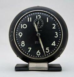 Art Deco Clock designed by Henry Dreyfuss, ca. 1938. The Wolfsonian–Florida International University, Miami Beach, Florida, The Mitchell Wolfson, Jr. Collection