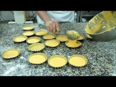 Queijadas de Tentúgal / Cheesecakes from Tentúgal - Coimbra (Portugal) - YouTube