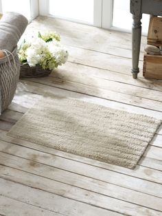 Greenwich Bath Rug in Dune