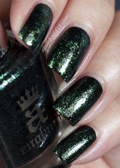 A Simple Layering Idea - Saran Wrap manicure using a-england Tess and Zoya Ivanka | A Polish Addict