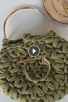 Beautiful Bag Irish Crochet, Crochet Lace, Crochet Hooks, Herringbone Stitch, Crochet Stars, How To Start Knitting, Knitting Videos, Beanie Pattern, Garter Stitch