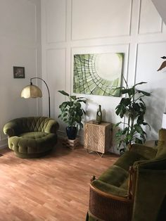 Home Interior Design — The Green Roomin Saskatoon, Canada. Living Room Decor, Living Spaces, Bedroom Decor, Quirky Bedroom, Retro Living Rooms, Bedroom Vintage, Wall Decor, Wall Art, Home Interior Design