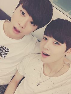 [ASTRO] Watch out fellow kpoppers! ASTRO is in town. Here's a lovely picture of Moonbin and Dongmin!