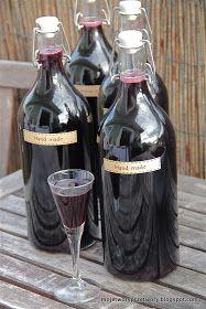 MojeTworyPrzetwory: Nalewka wiśniowa Red Wine, Alcoholic Drinks, Vogue, Glass, Drinkware, Corning Glass, Liquor Drinks, Alcoholic Beverages, Liquor