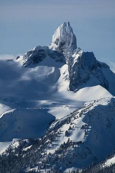 Black Tusk in Jan sun, Whistler, B.C. #thepursuitofprogression #Lufelive #Snowboarding #Snowboard #Snow #LA #NY
