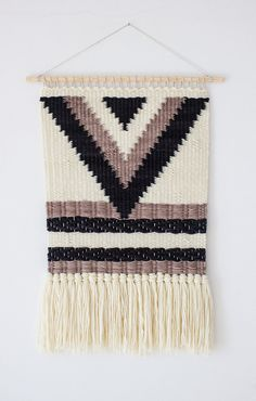Woven wall hanging | Bohemian wall hanging | Boho style wall tapestry | Wool wall weaving | Woven wall art | Woven wall tapestry
