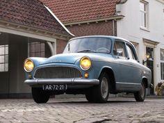 Simca Aronde Etoile 1961 Family Chiropractic, Anne Frank, Car Makes, Car Photos, Car Car, Olaf, Vintage Cars, Cool Cars, Photo Art