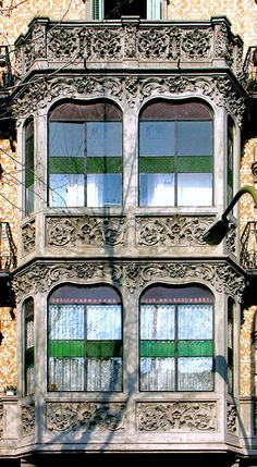Barcelona - Urgell ~ Casa Josep Filella ~ Architect: Maurici Augé i Robert