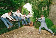 Great wedding photo!