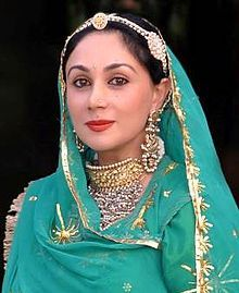 Princess Diya Kumari wearing Rajputi jewellery