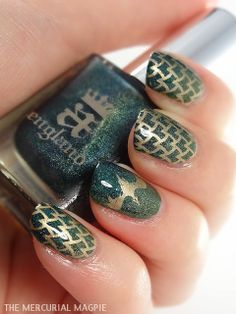 The Mercurial Magpie - Nail Art - A England St. George & Dragon Gradient + Messy Mansion MM21 Stamping