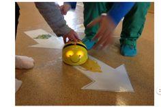 Våren 2016 Att implementera programmering i förskolan handlar om att leka in kommandon och algoritmer. Vi använder oss av våra vänner Babblarna för att närma oss programmering på ett lustfyllt sätt…