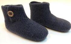 Strik filtede hjemmesko med knaplukning Mittens, Latex, Slippers, Socks, Scarfs, Blog, Fashion, Fashion Styles, Threading